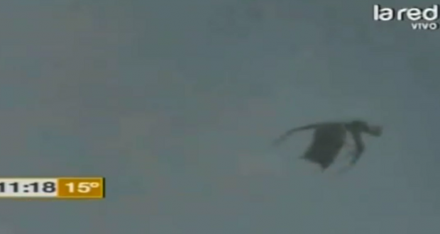 Mystery Winged Creature Filmed Over Guadalajara, Mexico