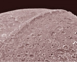 saturn moon iapetus great wall