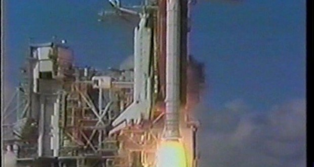 Spectacular UFO Footage From NASA STS-48 Discovery Space Shuttle Released