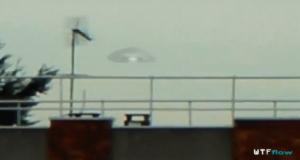 UFO Military COVERUP? Flying Saucer Lands in Secret Base. Dec 17, 2013